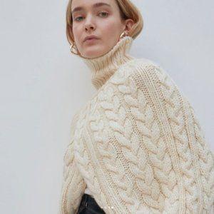 Jakke beige chunky knit turtleneck sweater topper